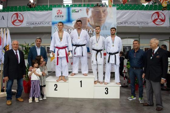 Marco Nardelotto 3° Classificato Kumite Juniores +75kg -Grande risultato Complimenti Marco. Osss.